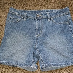 Girls Faded Glory denim shorts